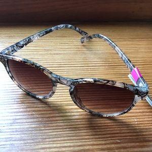 🌞🕶🌞 Foster Grant Sunglasses 🌞🕶🌞